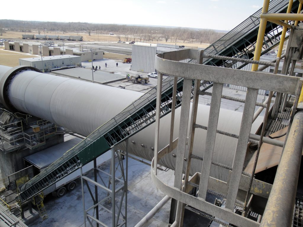 Tire Conveyor - Portland Cement Plant