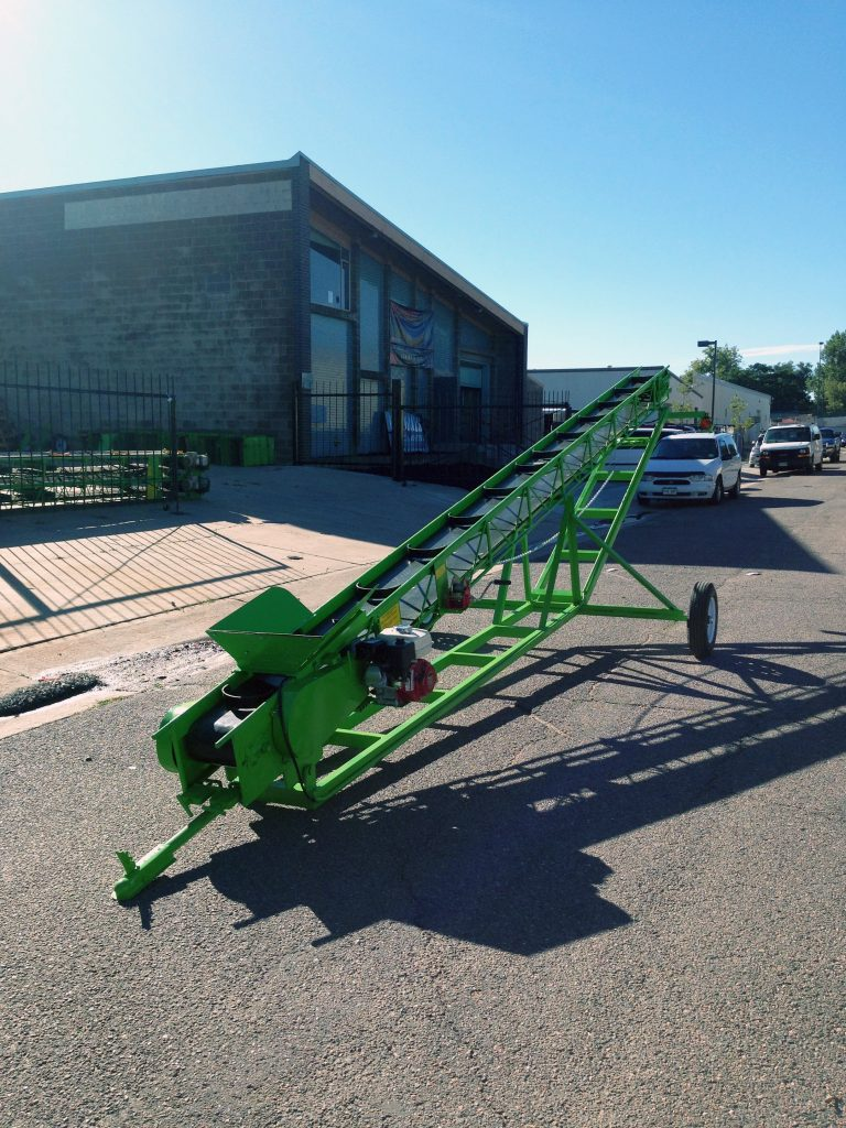 Towable Elevating Carriage - Belt Bucket Conveyor
