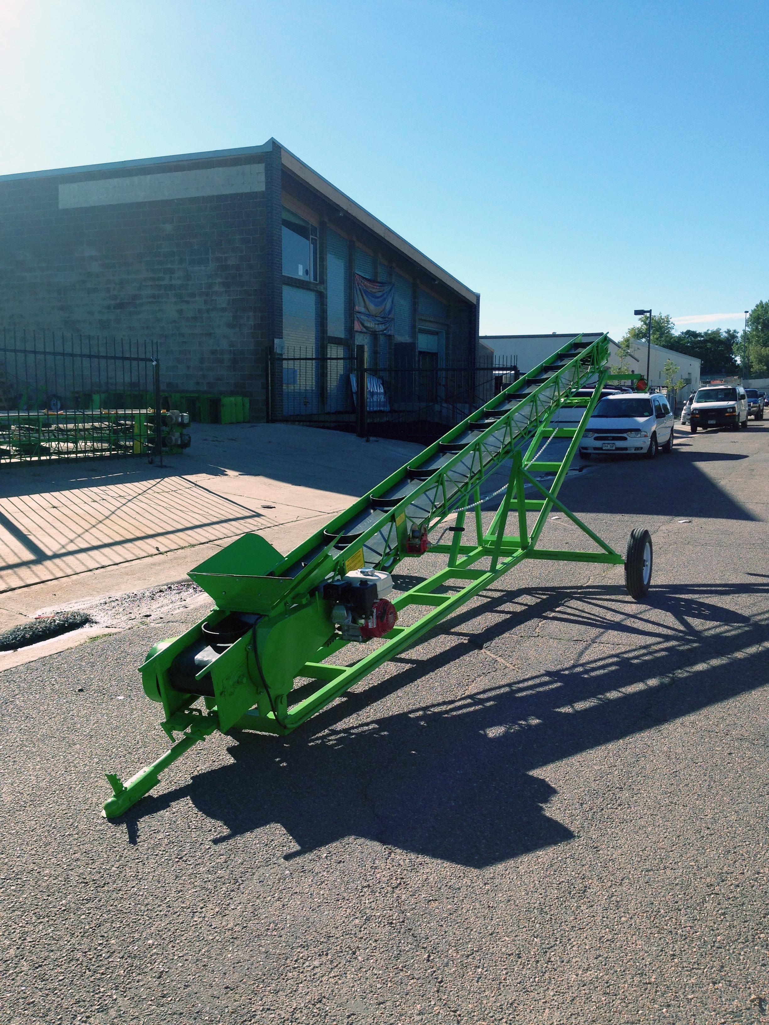 Towable Elevating Carriage - Belt Bucket Conveyor