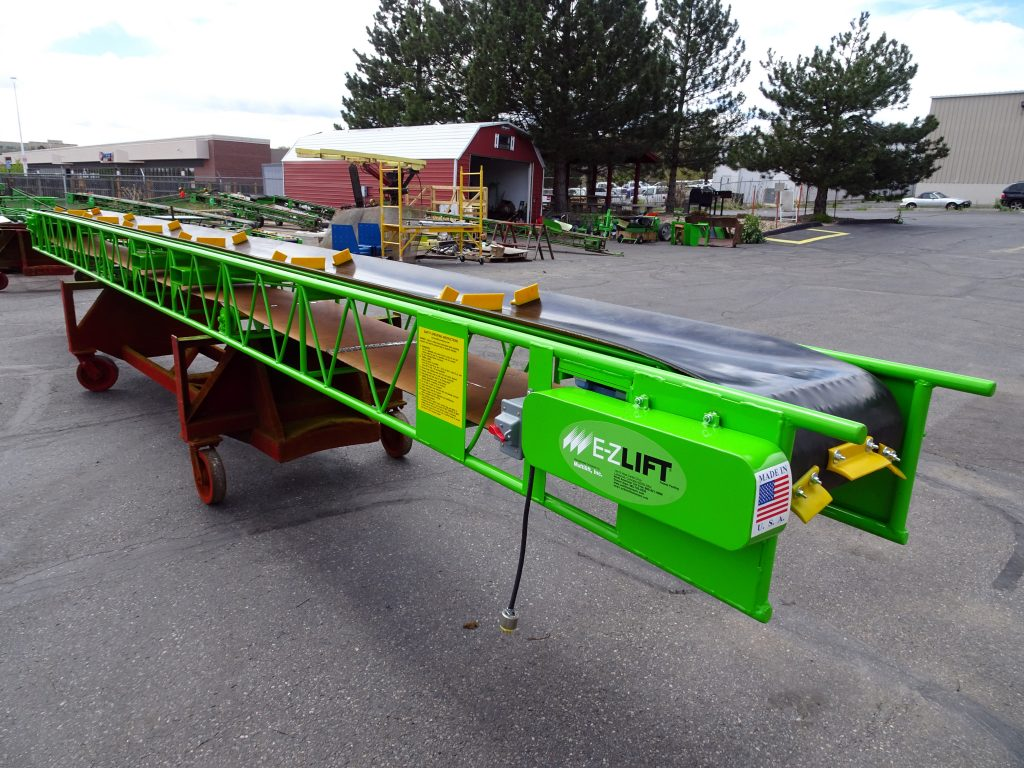 Enclosed Drive - Troughing Slider Conveyor