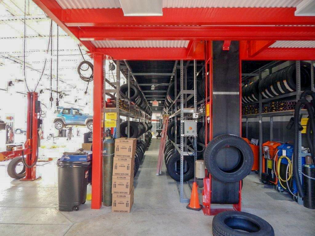 Tire Conveyor - Vertical