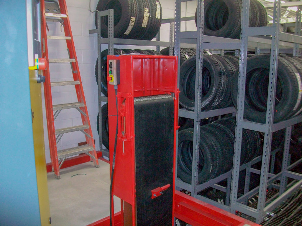 Tire Conveyor - Vertical